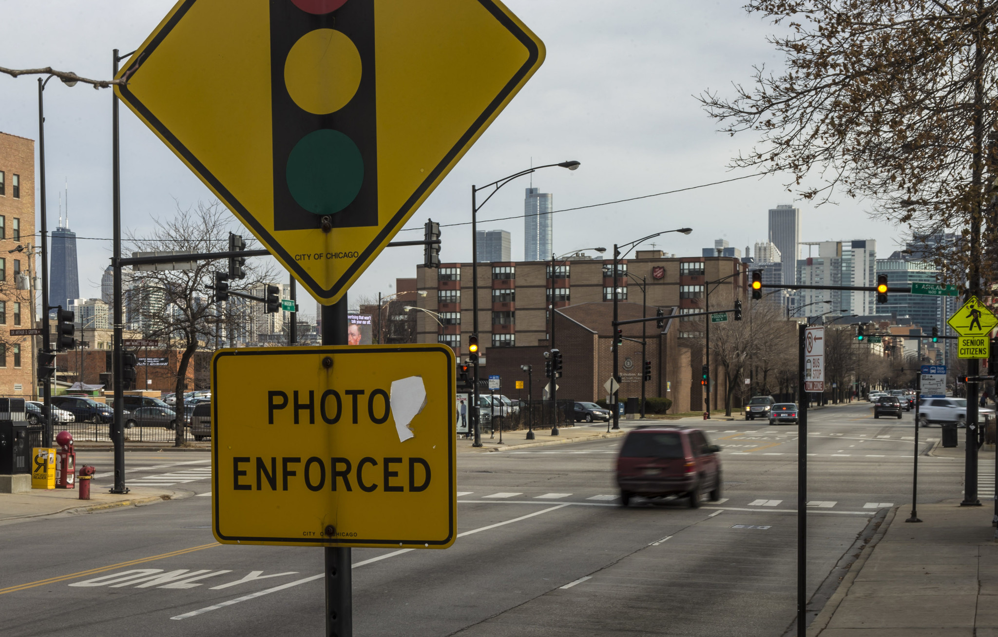 City reaches $38 75 million settlement in red light ticket