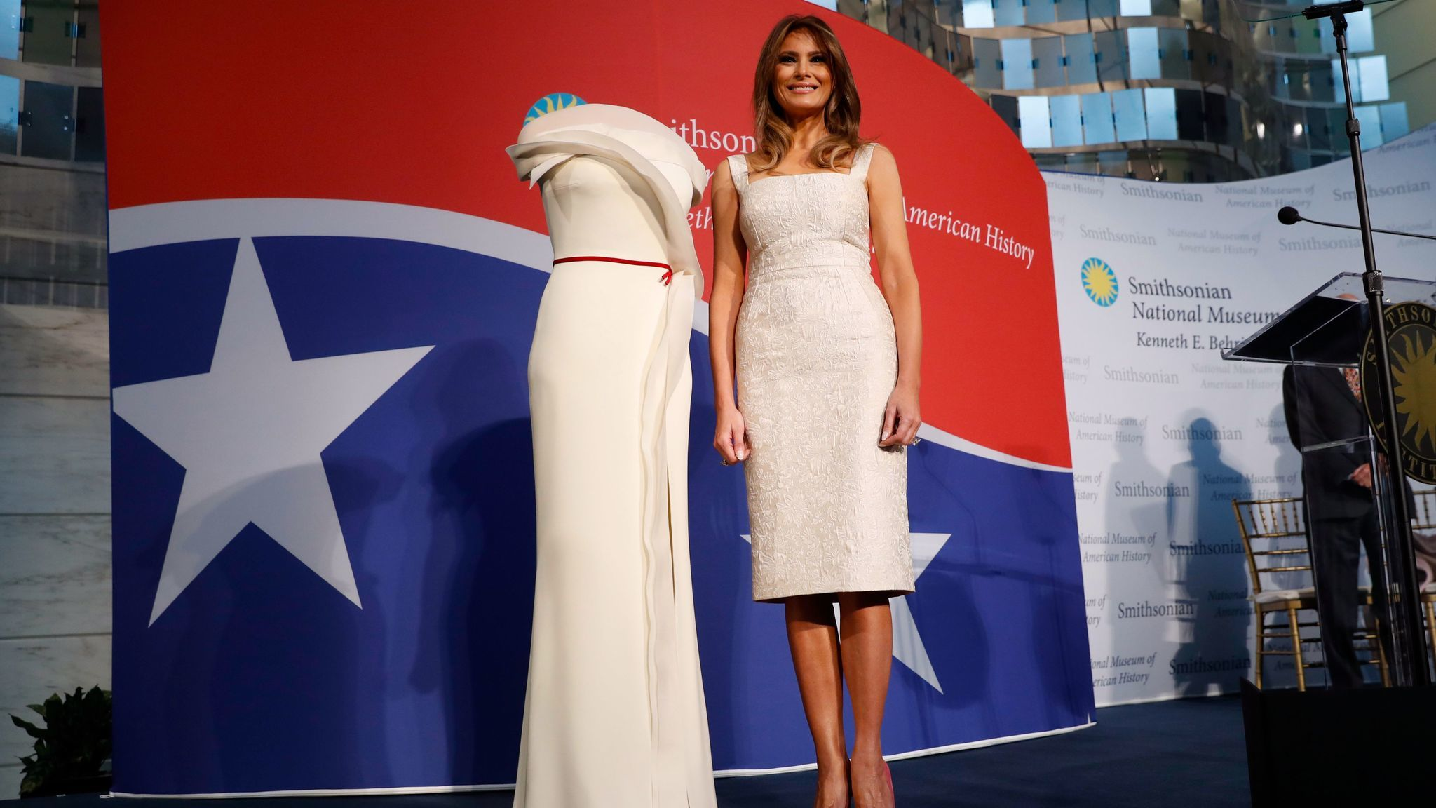 Melania Trump presents Hervé Pierre-designed inaugural gown to ...