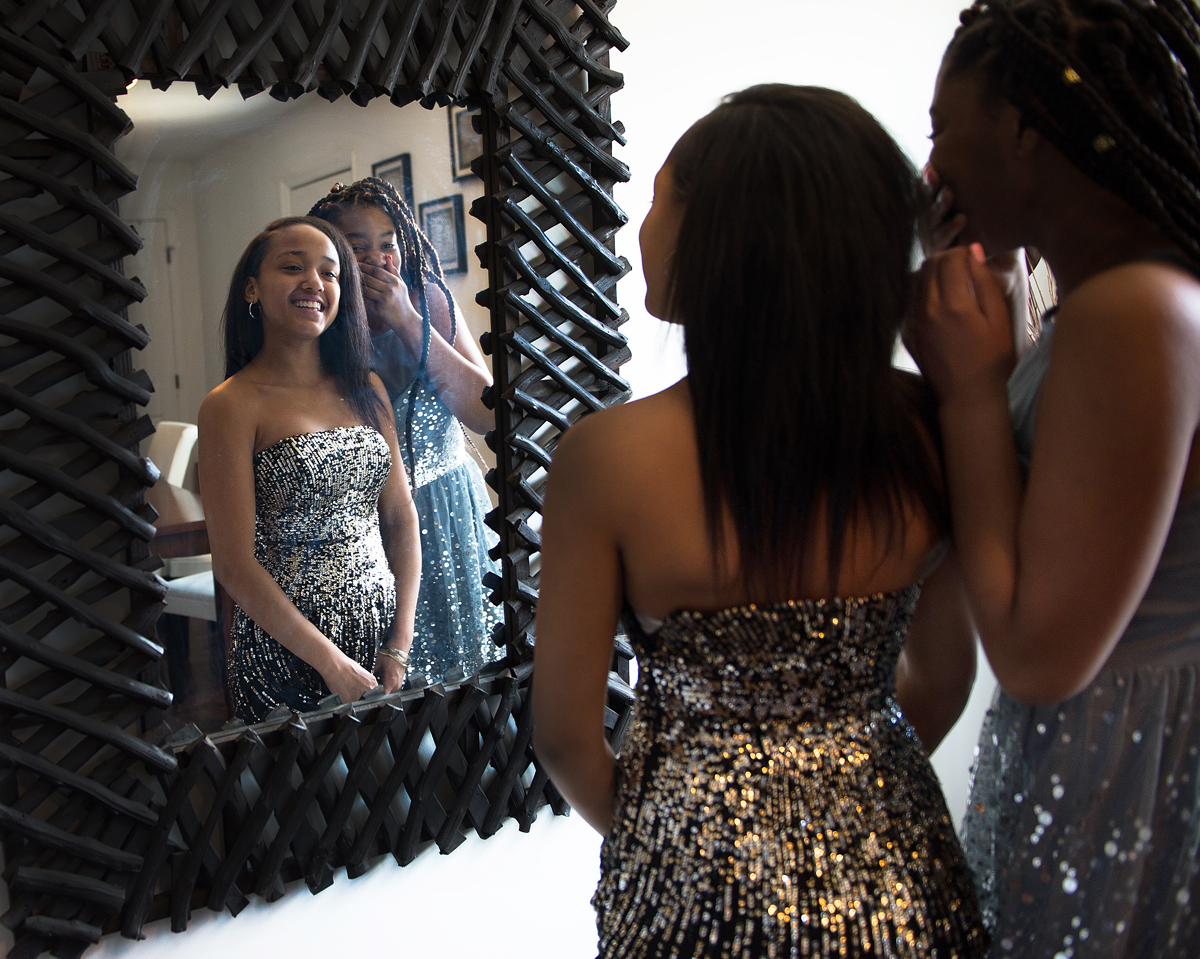 Queens woman struggles to find prom dress donations for charity - NY ...