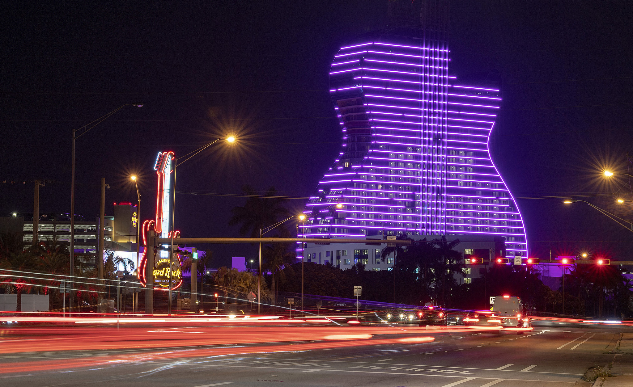 Hard Rock guitar hotel rooms go fast for grand opening