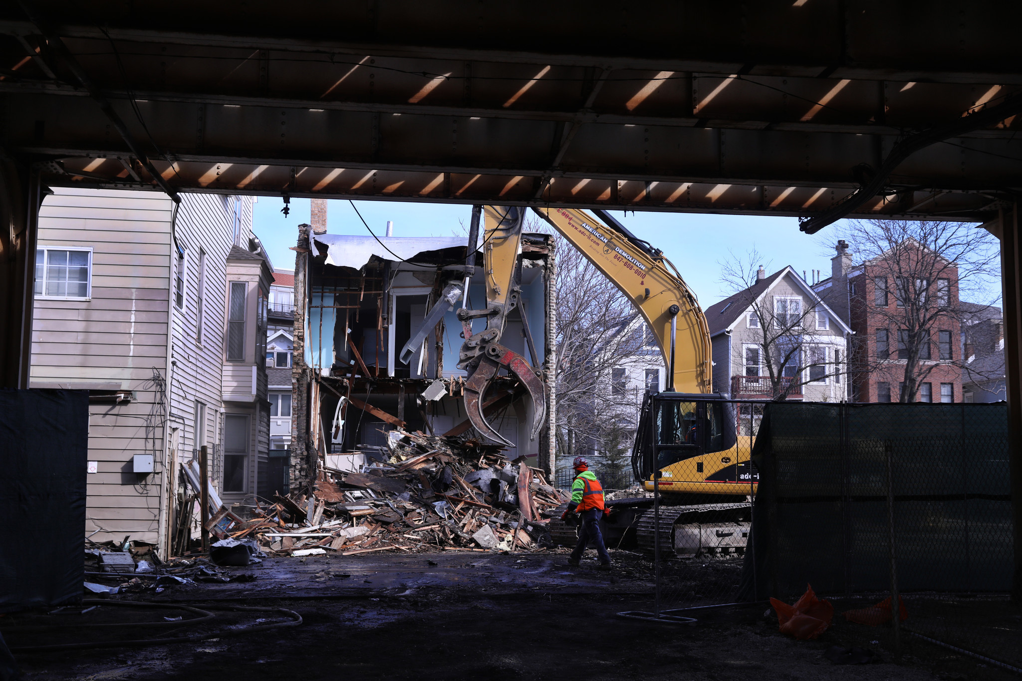 As The Buildings Come Down Cta S Belmont Flyover Closer To