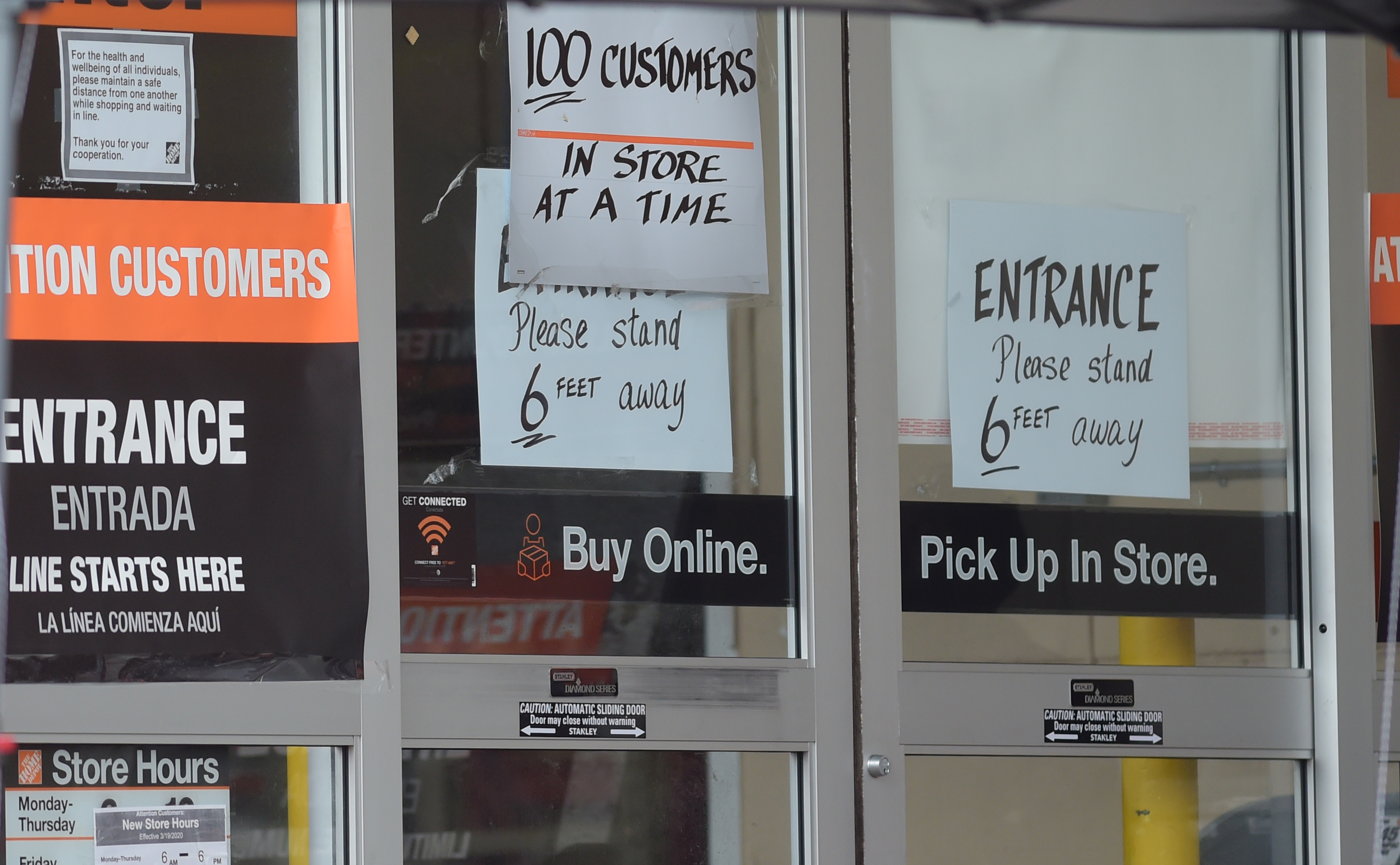 Lowes Home Depot Enforce Social Distancing During Coronavirus The Morning Call