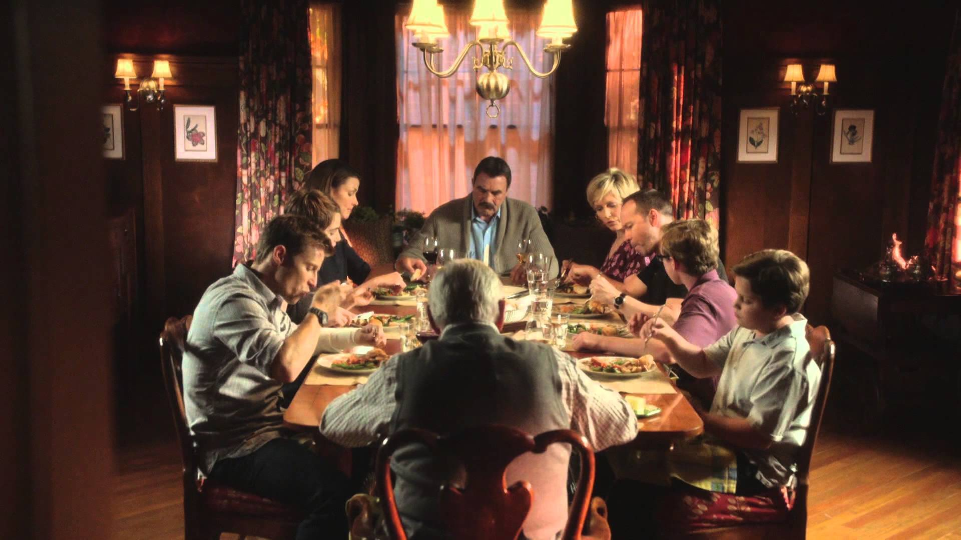 Do Actors On Blue Bloods Eat The Centerpiece Meal Or Are They Faking It The Virginian Pilot The Virginian Pilot The series was created and, along with leonard goldberg and michael cuesta. do actors on blue bloods eat the