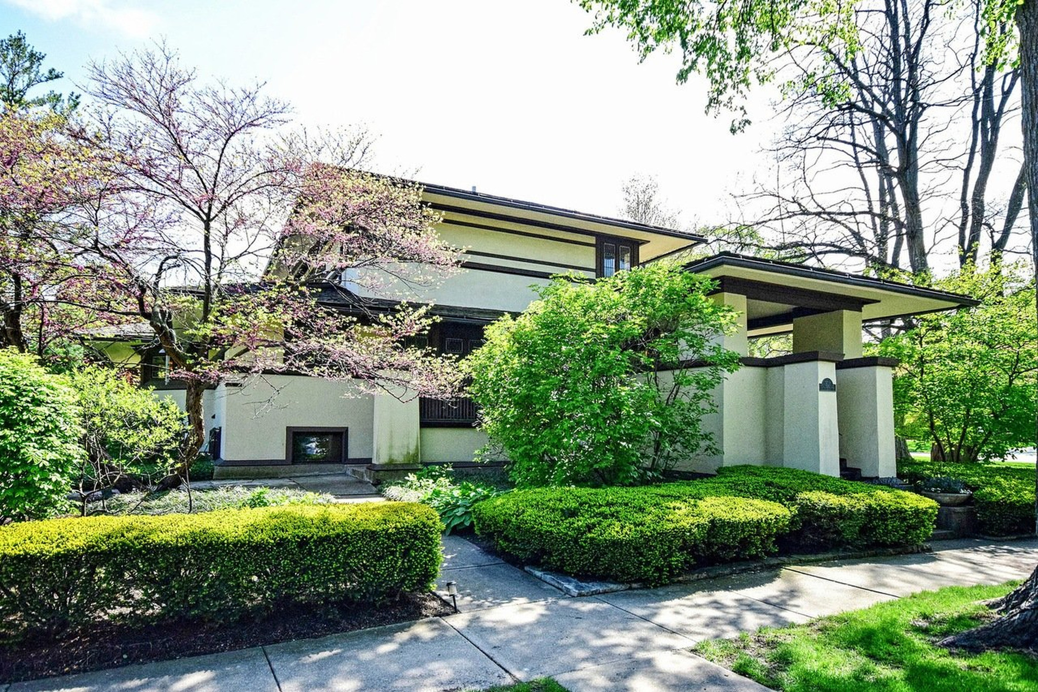 Lloyd Frank Wright Houses frank lloyd wright house in elmhurst sells for $850k