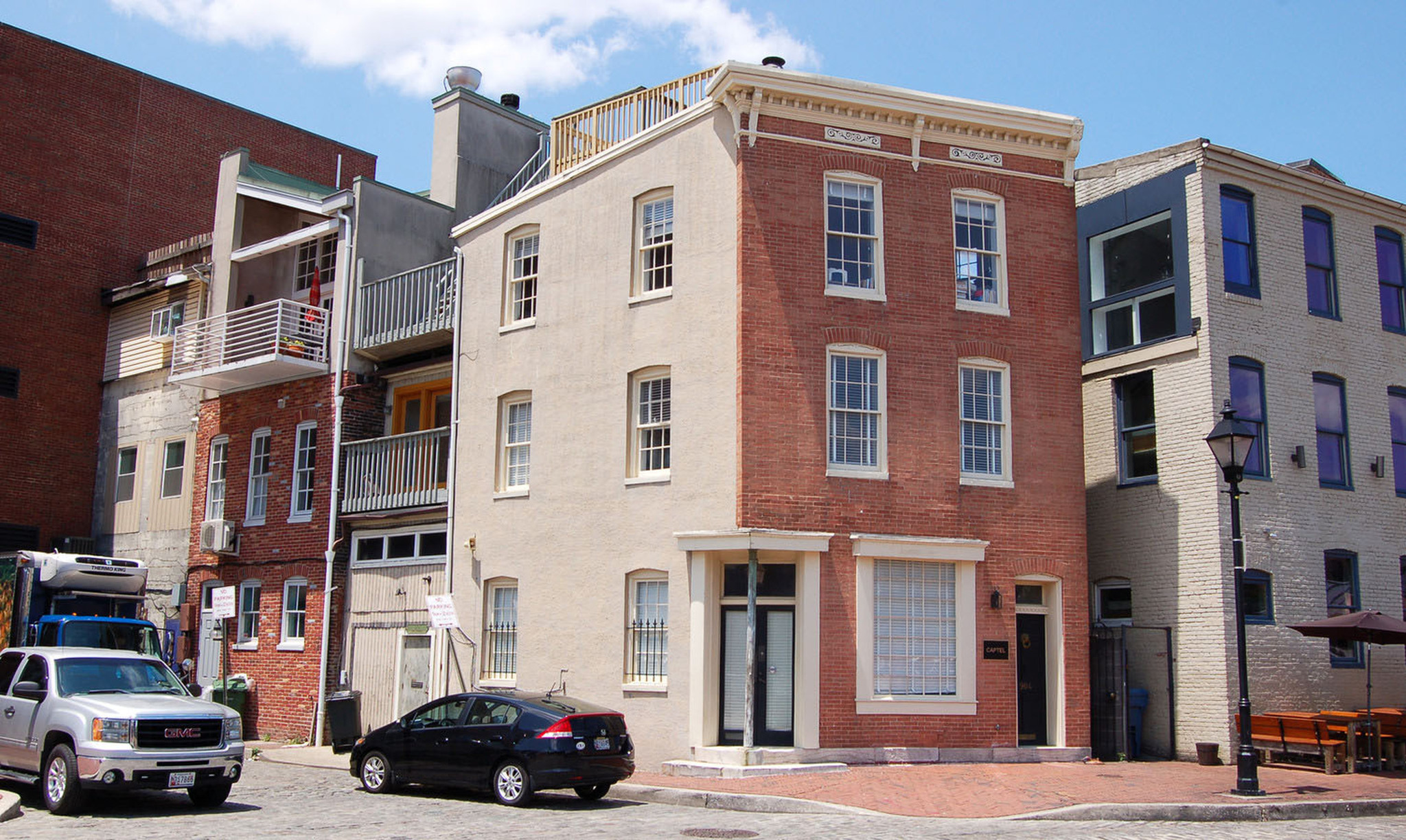 Sleepless No More In Seattle Later >> Sleepless In Seattle House Is For Sale In Baltimore