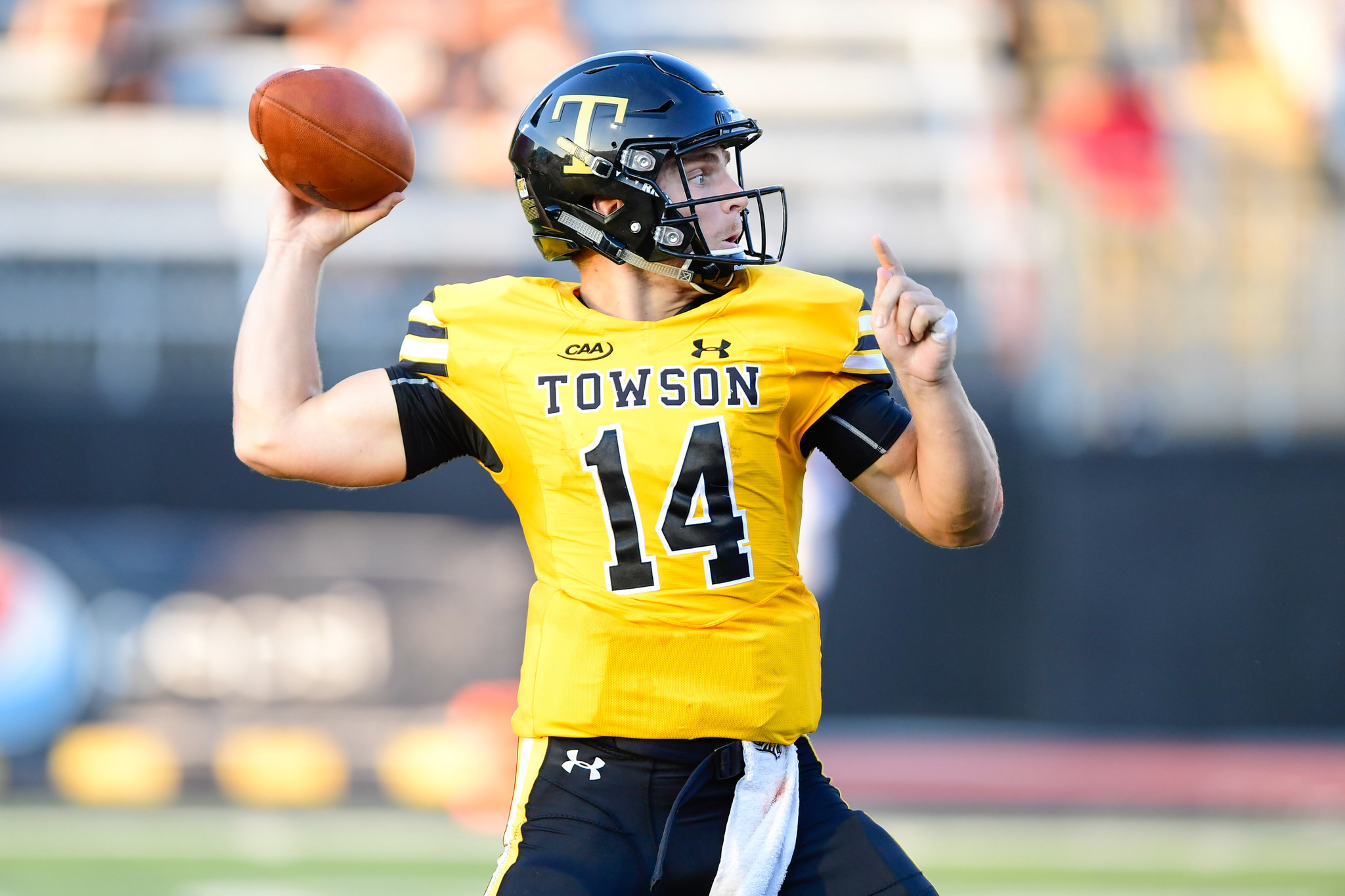 Brothers In Arms Towson Qb Tom Flacco May Be Cool Like Joe But He S Establishing A Style All His Own Baltimore Sun Joe runs short of money from time to time, and would like to borrow from his fellow dorm residents to get by, and would. baltimore sun