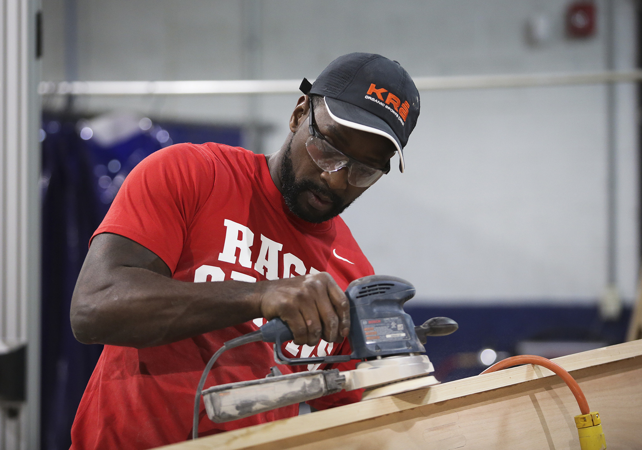 Charles Tillman moves up his rowing trip across Lake