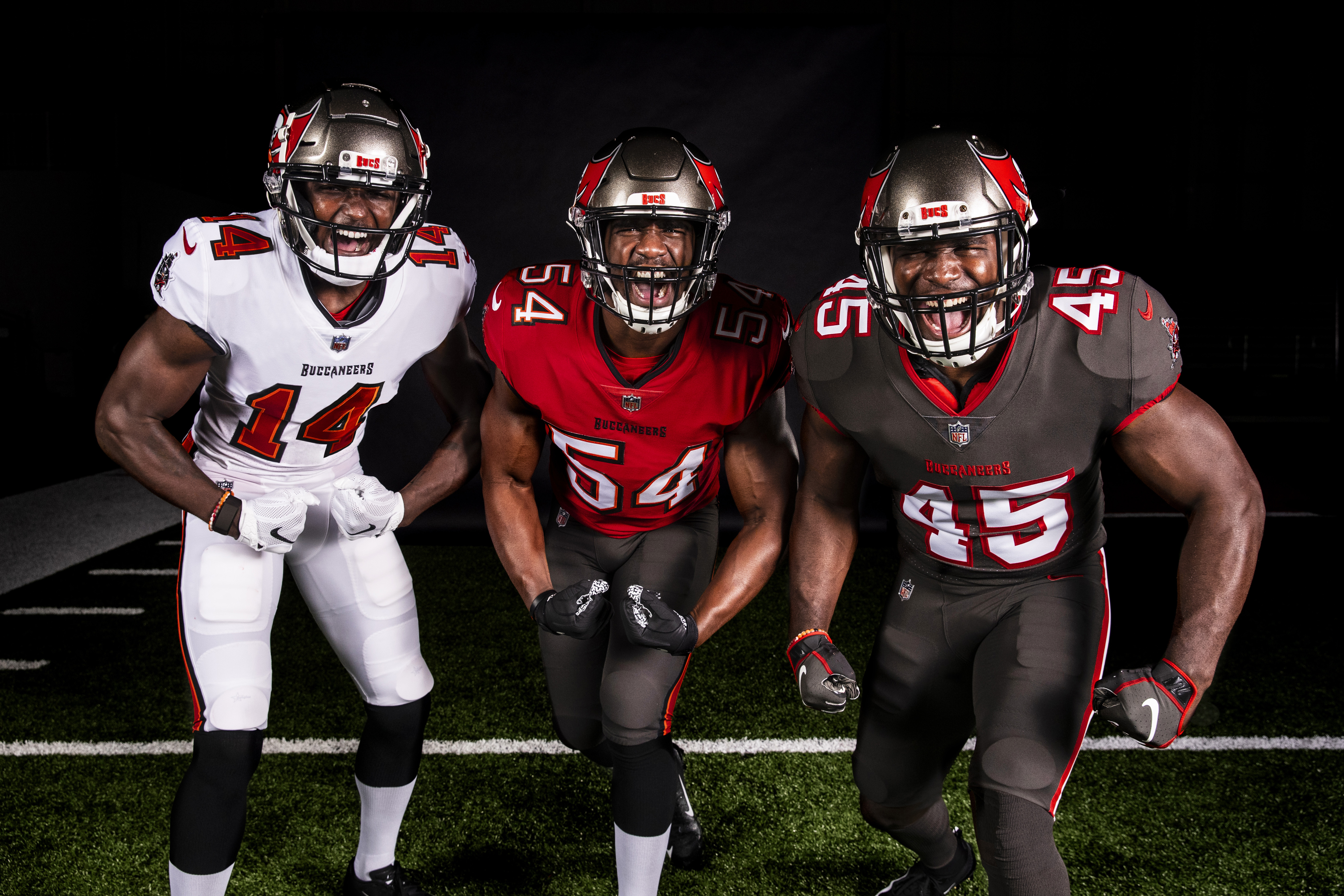 Tampa Bay Bucs Unveil New Uniforms See Photos Orlando Sentinel