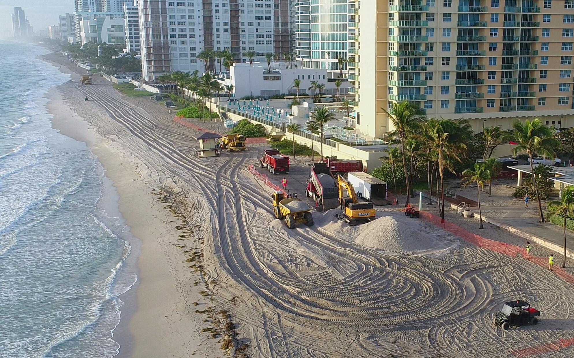 South Florida's beaches getting a sand boost. But it's only temporary. -  South Florida Sun Sentinel - South Florida Sun-Sentinel