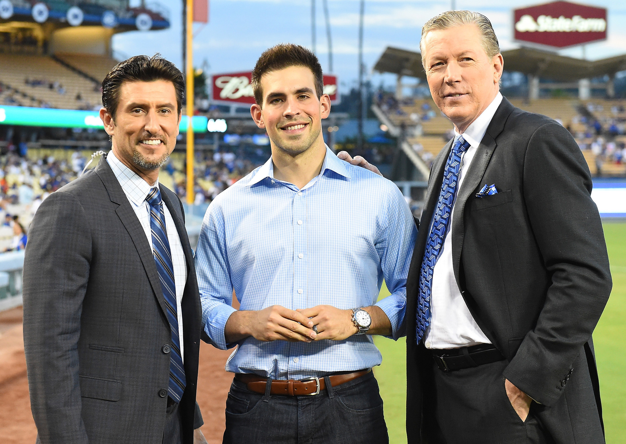 Dodgers Dugout: What Advice Did Vin Scully Pass On? Dodgers Announcer Joe  Davis Answers Your Questions