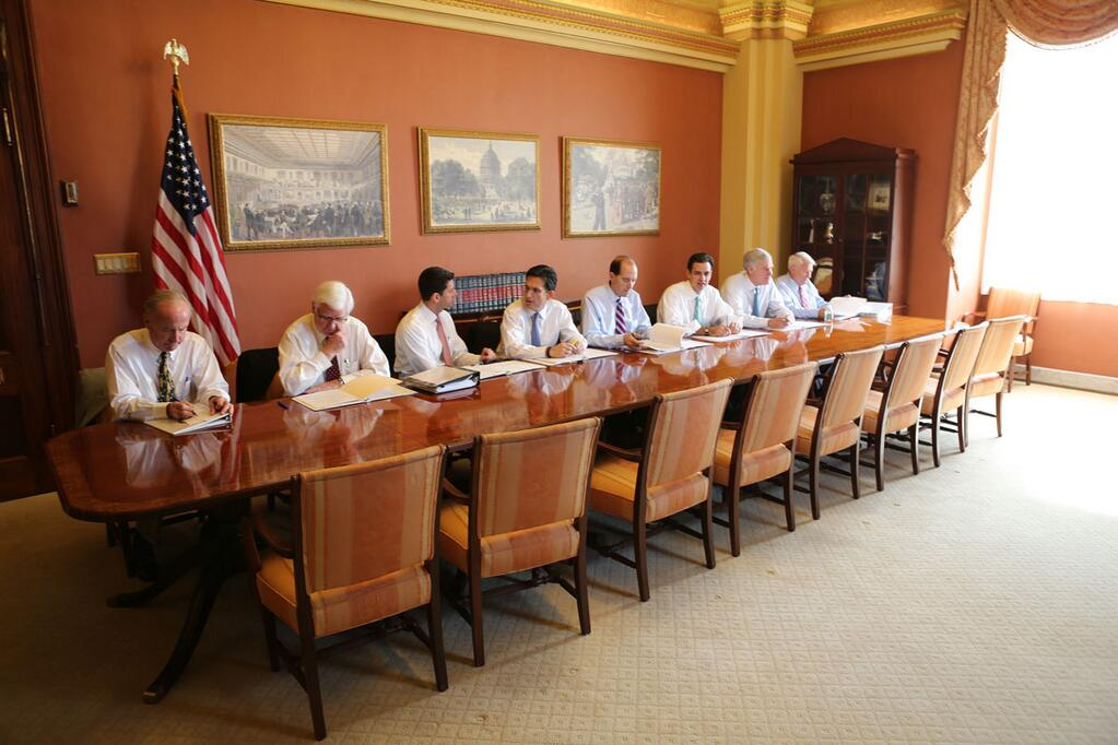 House Majority Leader Eric Cantor Posts Photo Of GOP Ready To - Old conference table