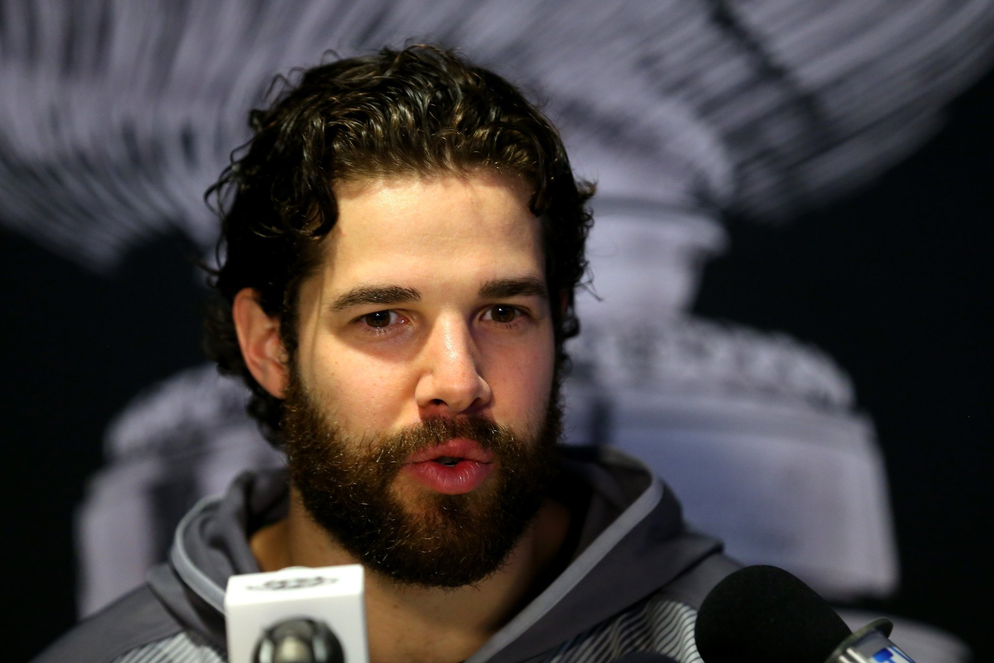 Talk Of Shaving Is A Beard For The Nhl S Real Problem Chicago Tribune