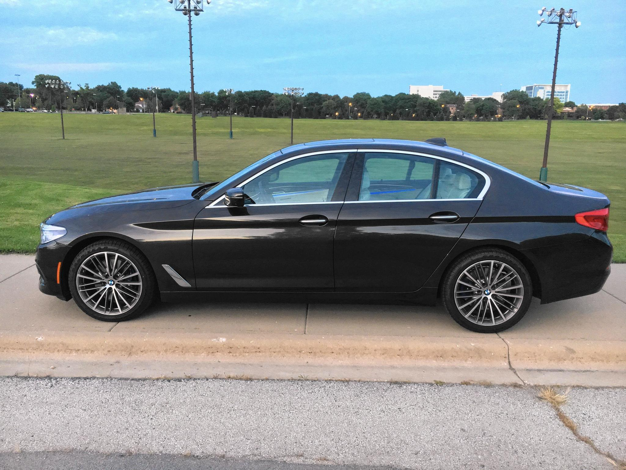 2017 Bmw 530i Xdrive Is All Very Good And Nice Chicago Tribune