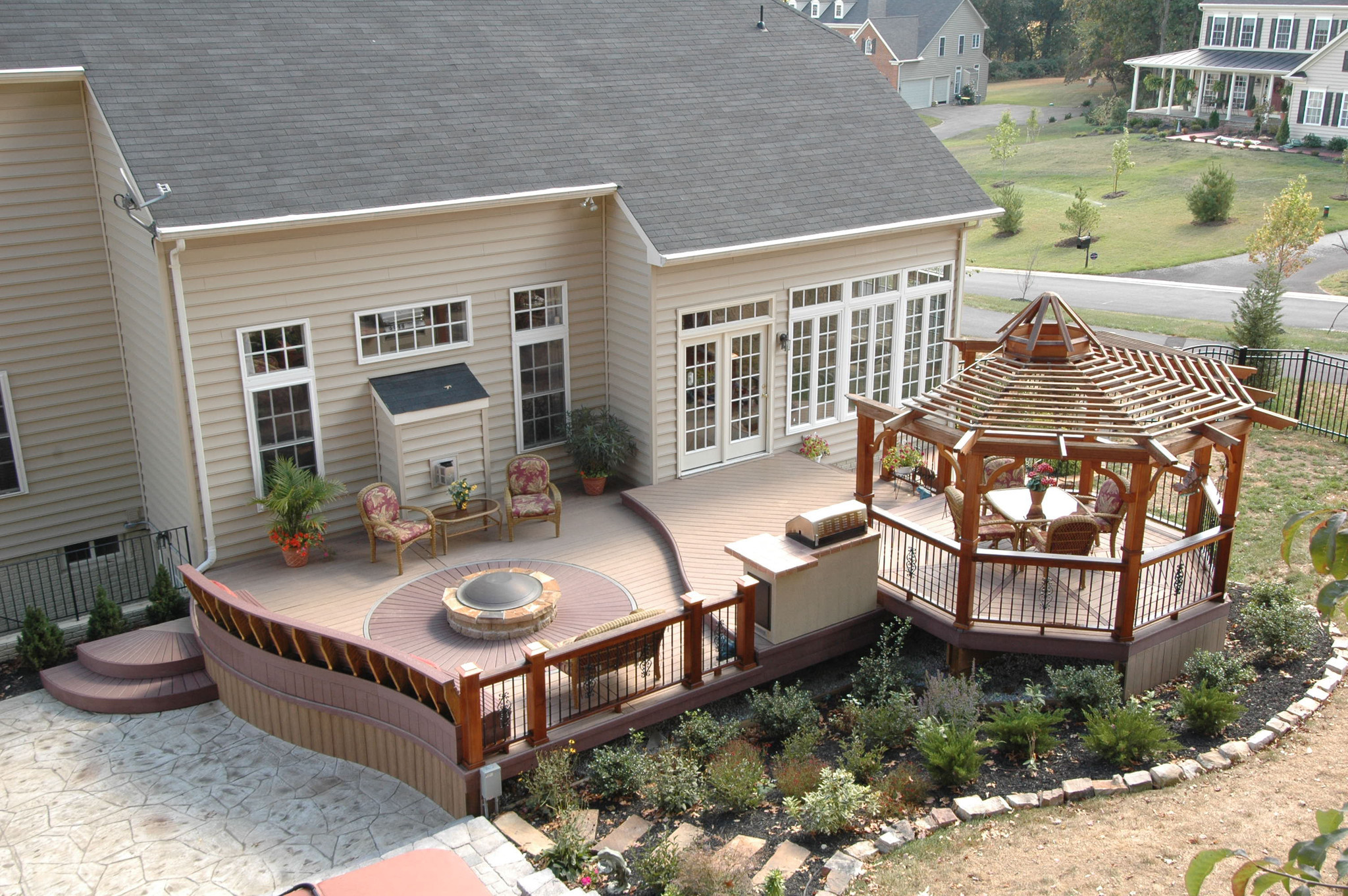 Long-lasting, low-maintenance decks become a reality