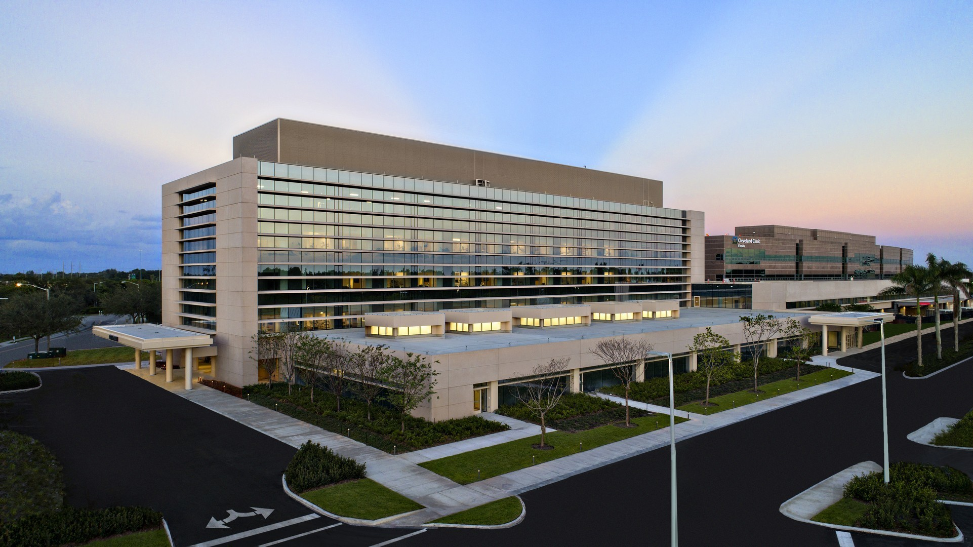 Take a photo tour of Cleveland Clinic Florida's new $232