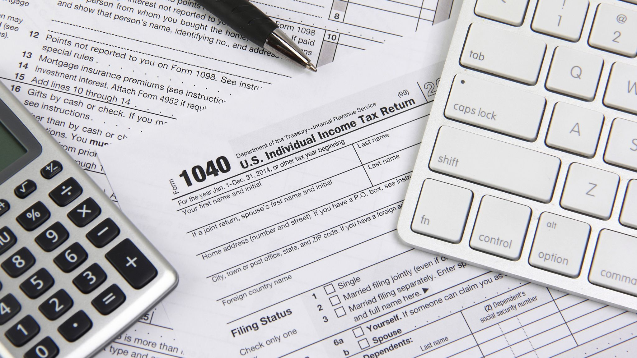 The IRS is giving you one extra day to file after its website ...