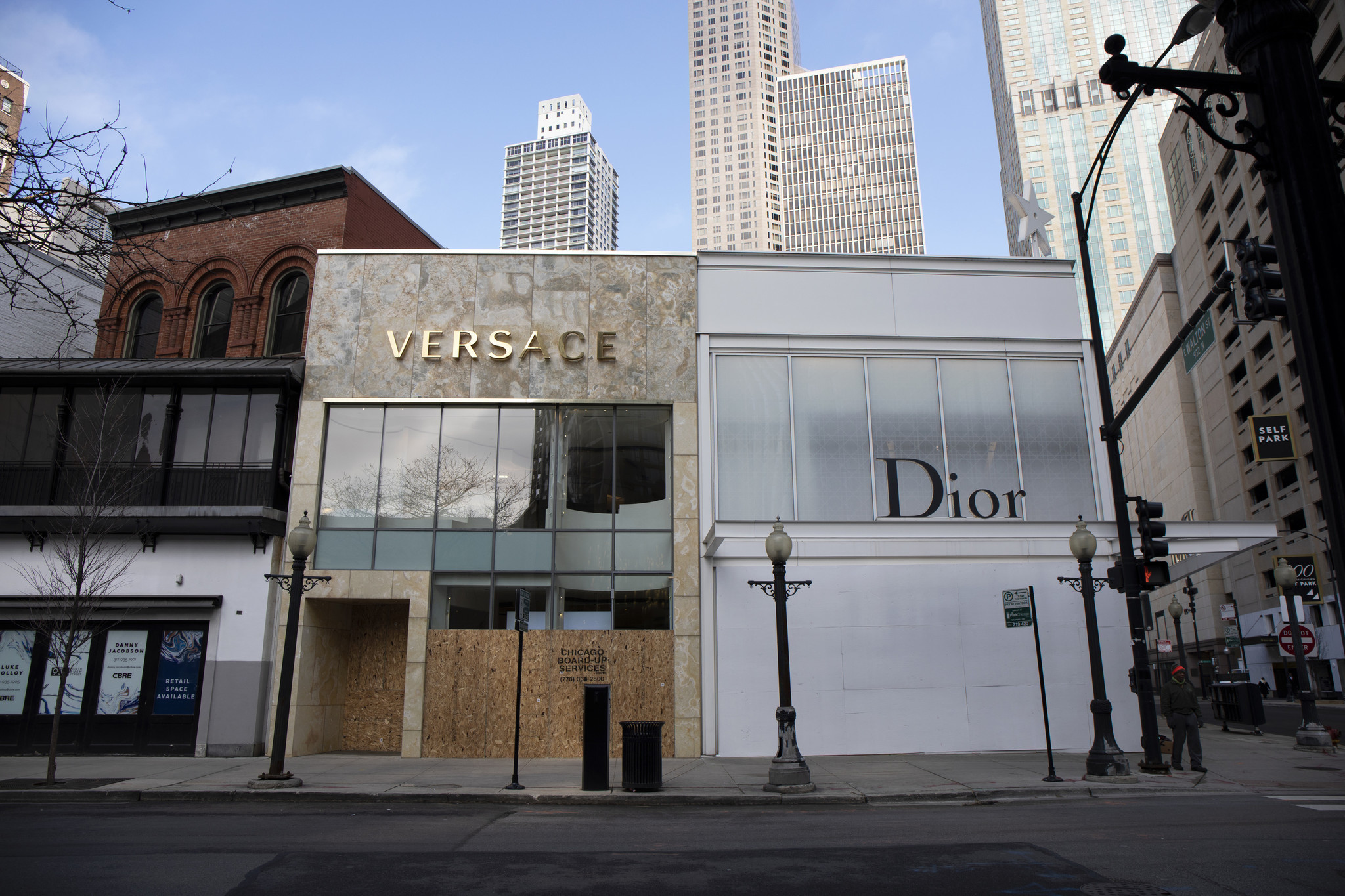 Empty Windows Boarded Up Storefronts Dot The Magnificent Mile During Coronavirus Shutdown Chicago Tribune